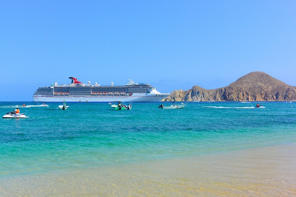 cabo cruise, what to bring on your cabo vacation, best time to visit cabo, Cabo San Lucas cruise, punta ballena, Esperanza, romantic activities in Cabo for couples, los cabos agent, nick fong